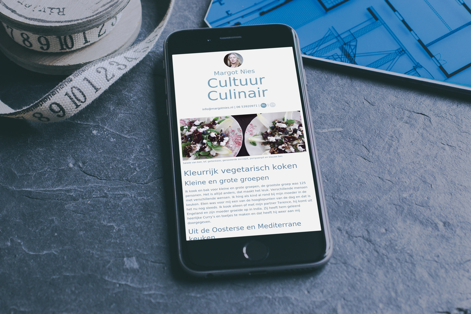 Een website op een smartphone